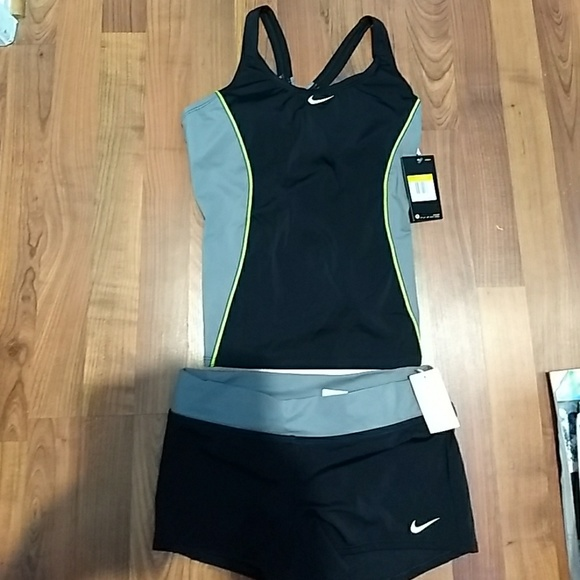 25588c5f71 NWT Women s Nike Two Piece bathing suit